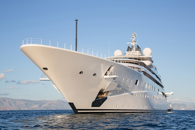 Looking For The Best Destinations To Charter The Yachts?
